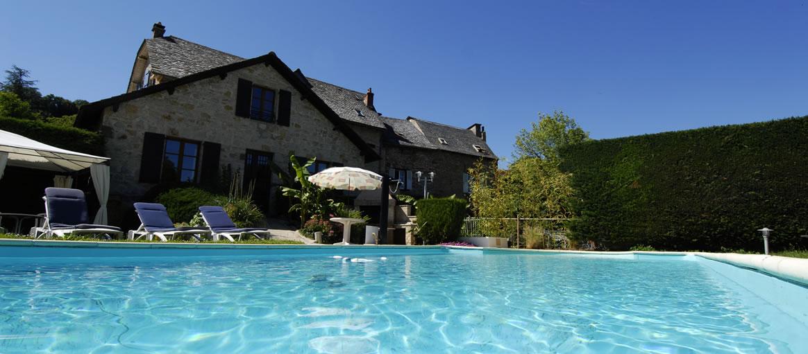 L 39 auberge du ch teau h tel 3 toiles proche rodez for Hotel a dieppe avec piscine